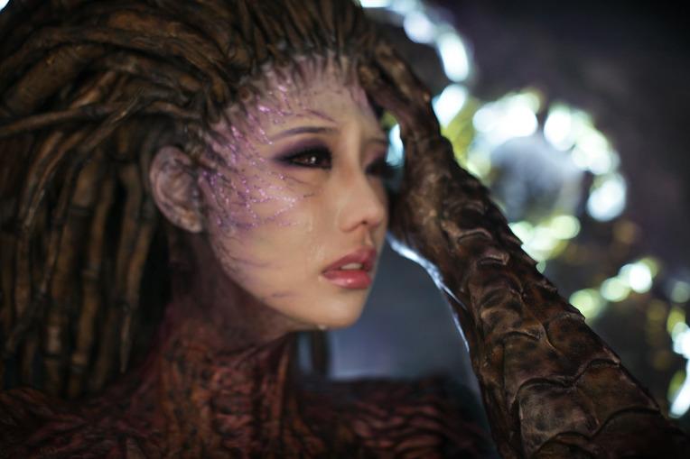 Sarah Kerrigan (ghost armor) - StarCraft II by Safana on